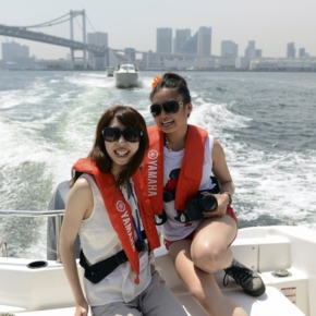 Luxury lifestyle on a not Luxury budget -rental boat in Japan-