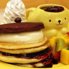 So cute! PomPomPurin Cafeopen