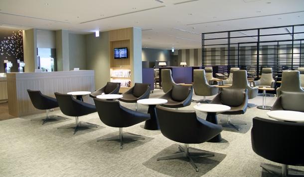 sakura-lounge-haneda2