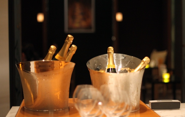 VEUVE CLICQUOT CHAMPAGNE BAR at Andaz Tokyo5