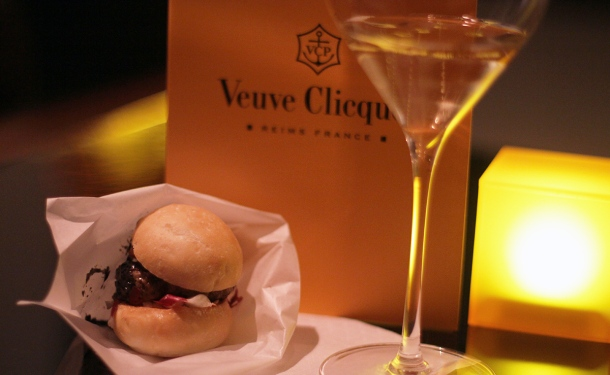 VEUVE CLICQUOT CHAMPAGNE BAR at Andaz Tokyo8