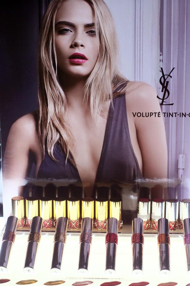 VOLUPTE TINT IN OIL YSL POP UP BOX VOLUPTE LABYRINTH4