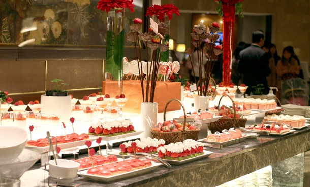 strawberry art buffet hilton tokyo9