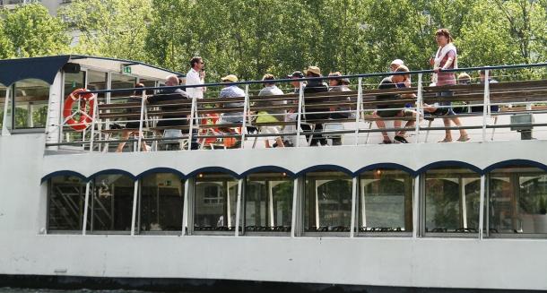 location-bateaux-paris-marindeaudouce2