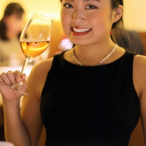 Casual chic Bordeaux wine and excellent Franco-Japonais diner