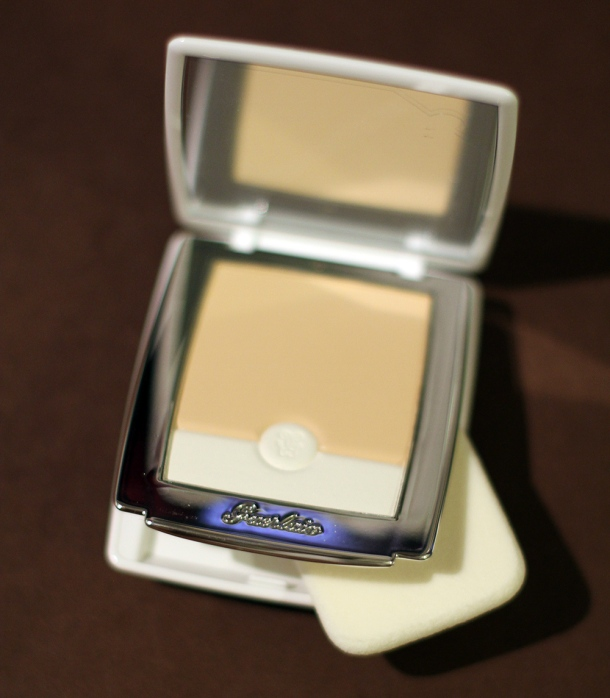 Guerlain Blanc de Perle, light-sculpting foundation1