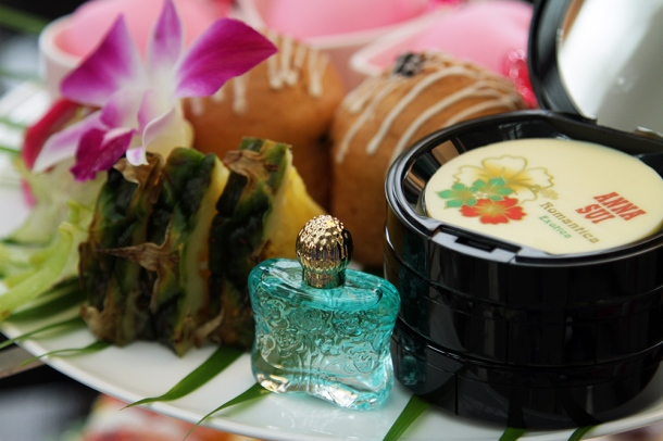 island-dream-afternoon-tea-with-anna-sui2
